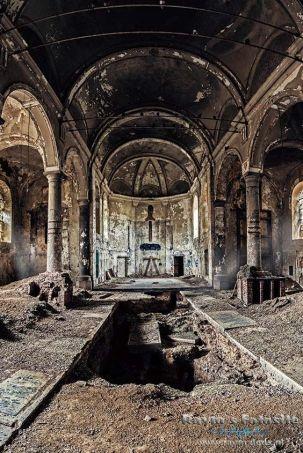 vervallen-kerk